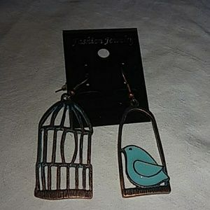 unknown Jewelry - Fun bird and cage earrings NWT